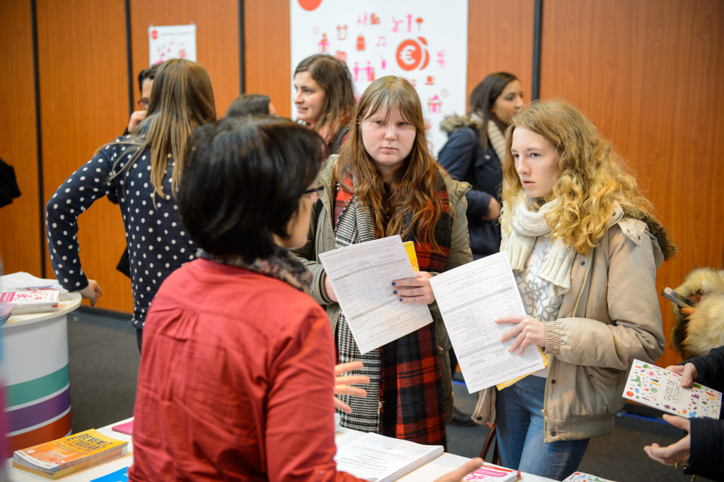 How to excel in Career Fairs